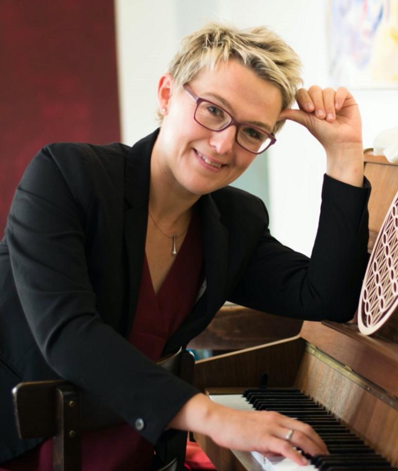 Andrea Thalmann, Musikerin & Sängerin,