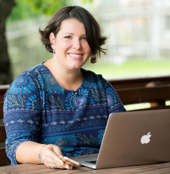 Roswitha Wang-Moritz, Akademische PR Beraterin