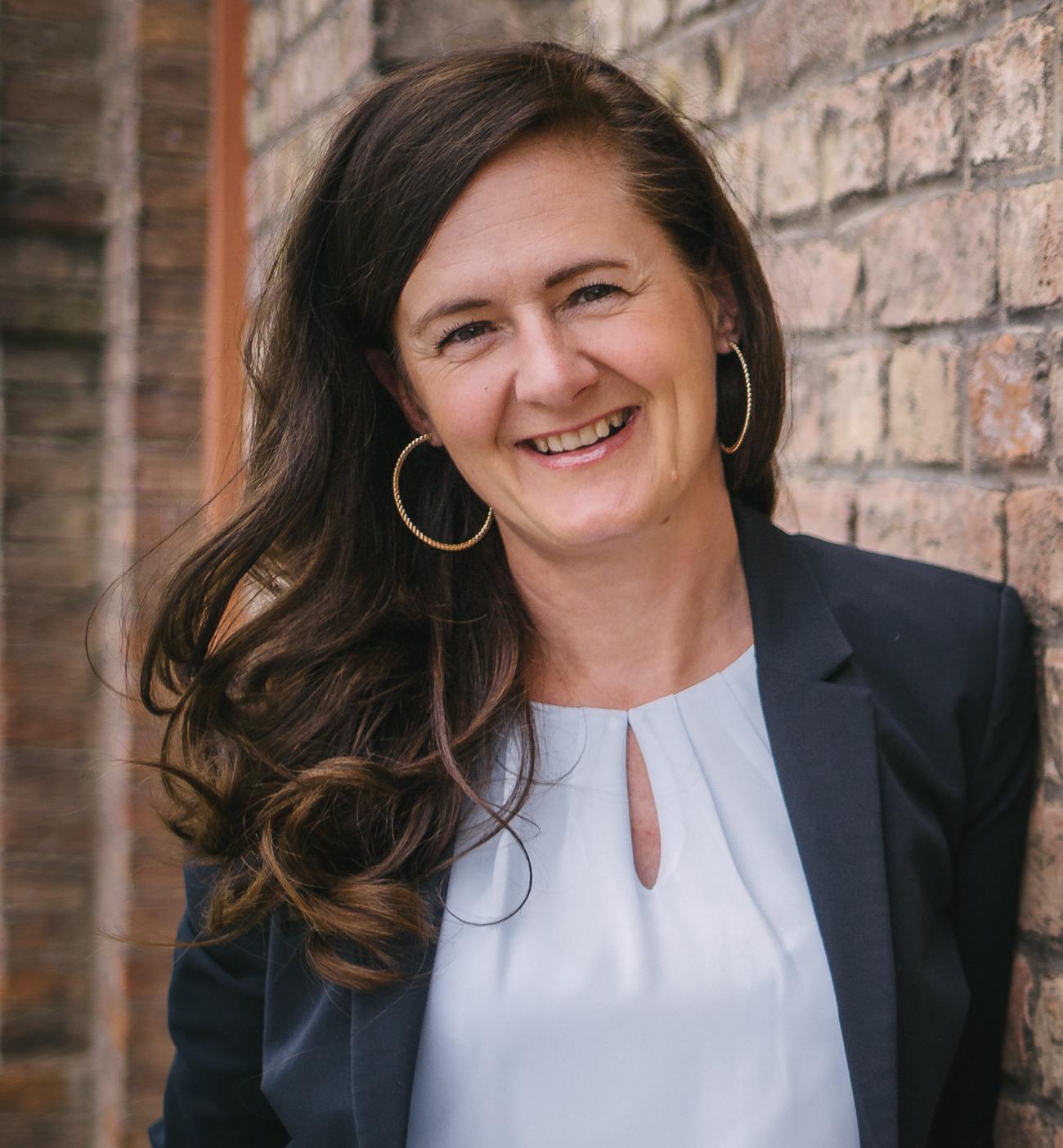 Belinda Veber - coach for moderation & presentation